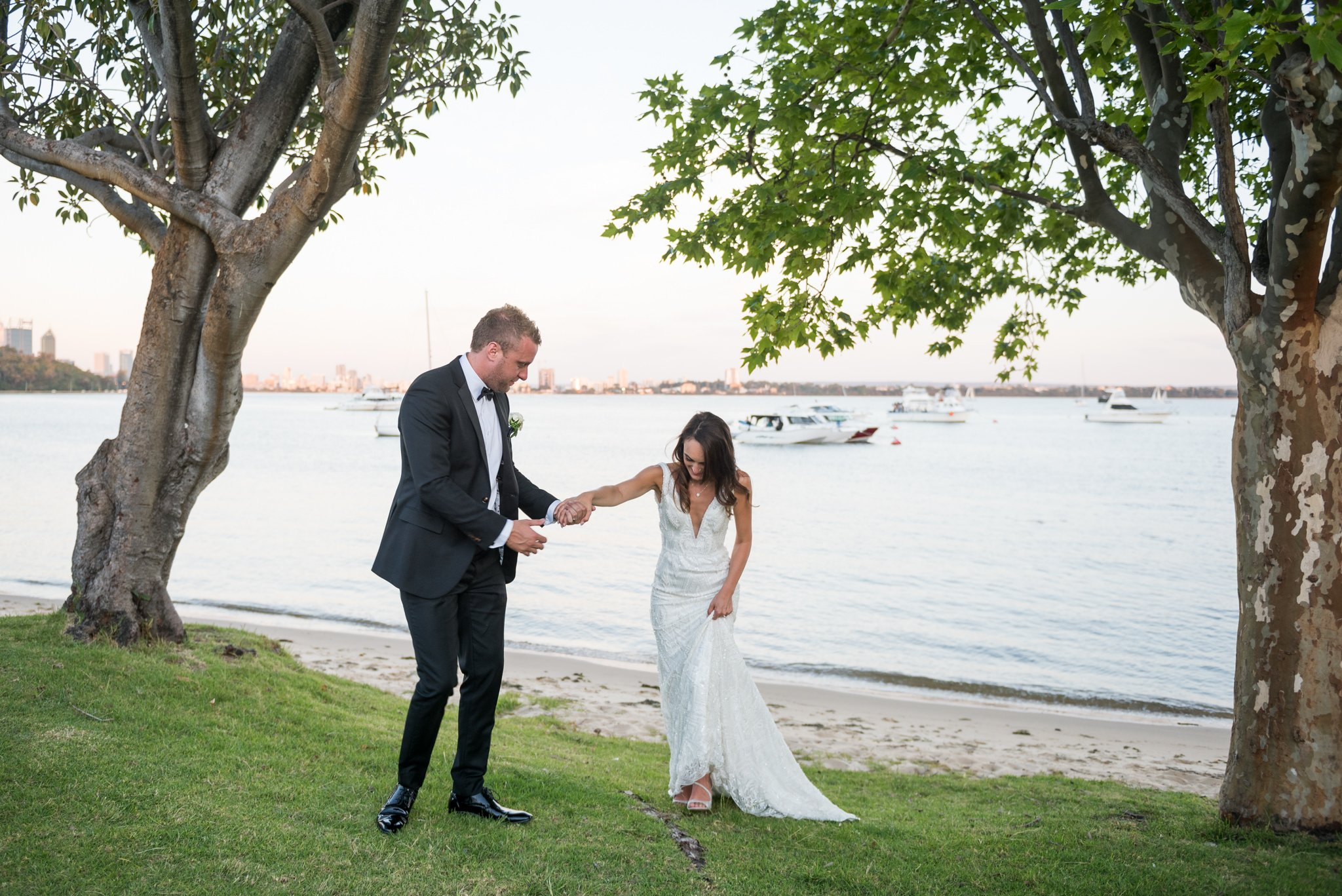 bride and groom at swan river