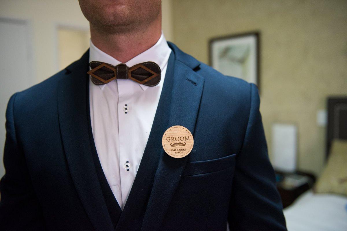 grooms badge